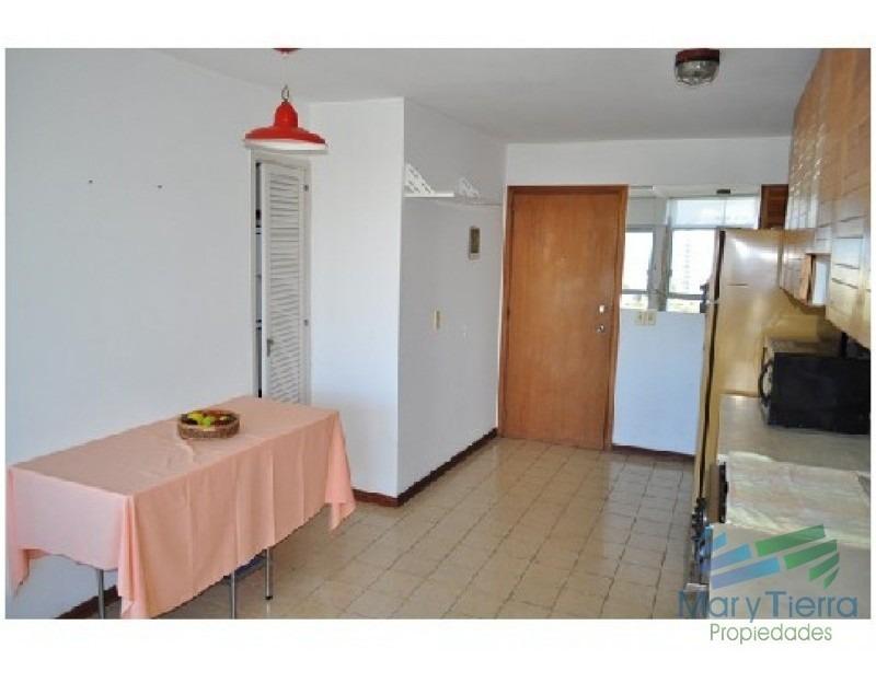 apartamento en roosevelt, 2 dormitorios *-ref:671