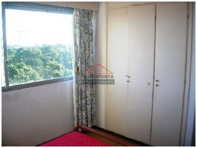 apartamento en roosevelt, 2 dormitorios *-ref:957