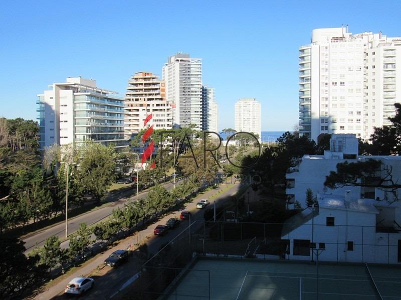 apartamento en roosevelt 3 dormitorios con balcón-ref:36261