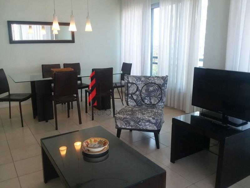 apartamento en roosevelt 3 dormitorios con terraza en alquiler anual-ref:36573