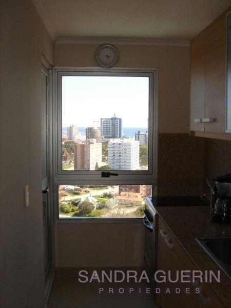 apartamento en roosevelt, 3 dormitorios *- ref: 25121