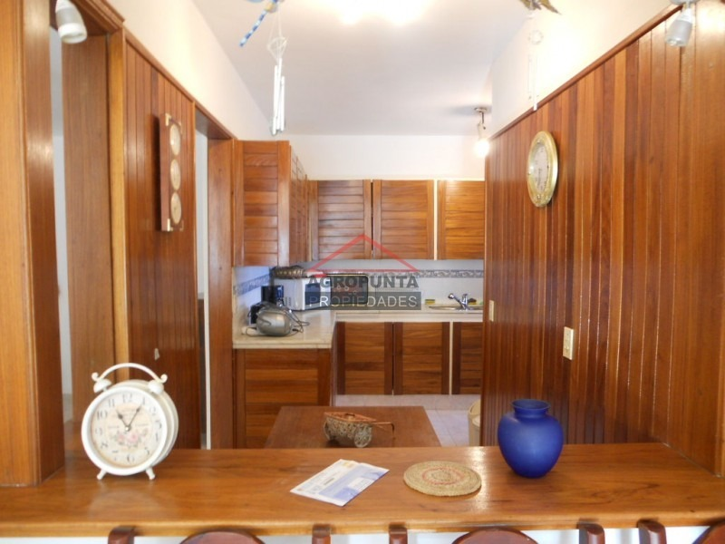 apartamento en roosevelt, 3 dormitorios *-ref:1510