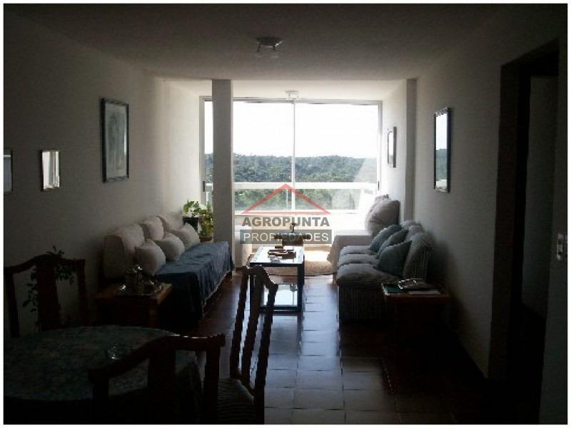 apartamento en roosevelt, 3 dormitorios *-ref:2123