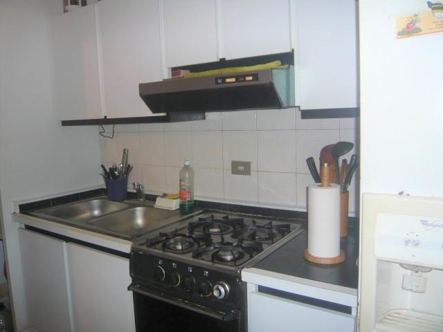 apartamento en valles de camoruco 18-9886 raga