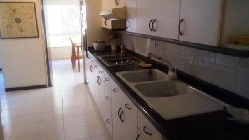 apartamento en venta 4 habitaciones, 3 baños, manzanares