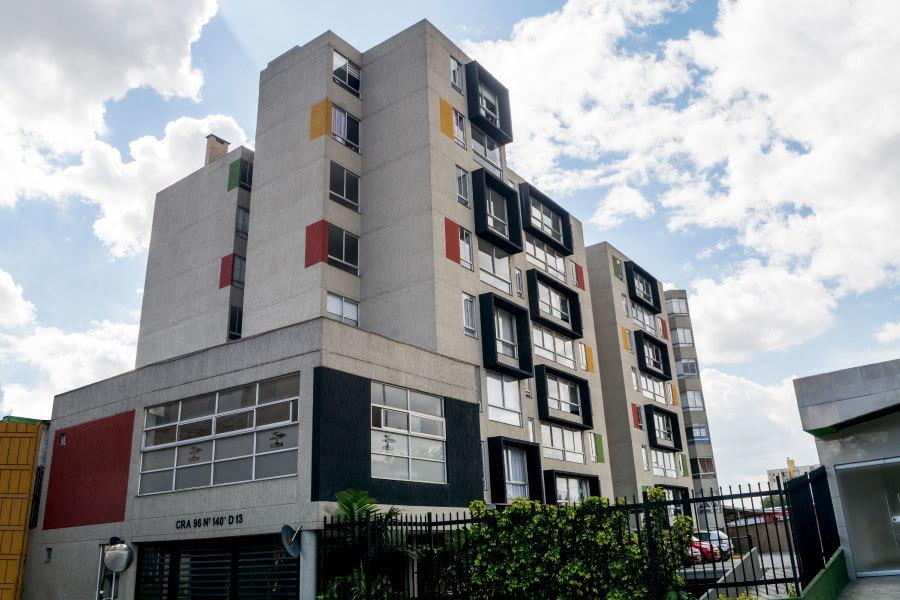 apartamento en venta como nuevo en suba, sobre vía principal