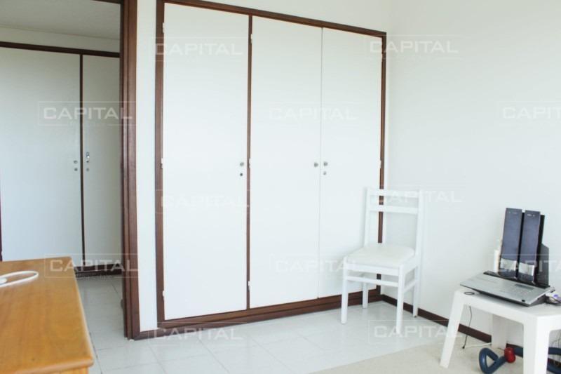 apartamento en venta con vista al mar de tres dormitorios - oportunidad-ref:26477