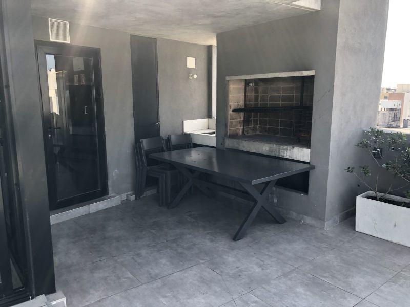 apartamento en venta de 4 dormitorios en barrio sur