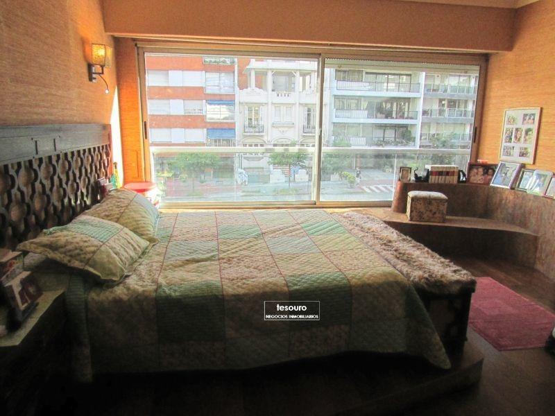 apartamento en venta de 4 dormitorios en pocitos
