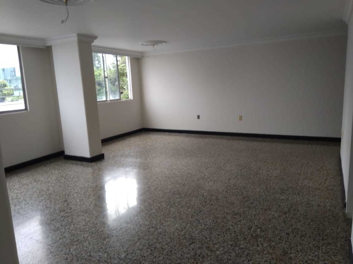 apartamento en venta de 5 habitaciones, 3 baños