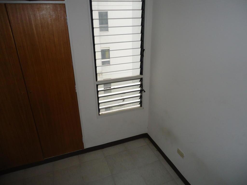 apartamento en venta el cigarral rah: 17-8713