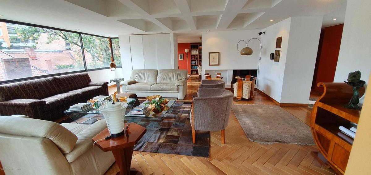 apartamento en venta el nogal rah c.o 19-1038
