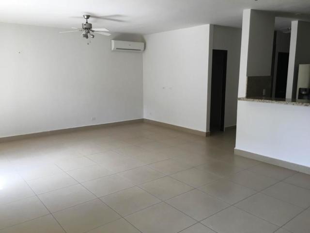apartamento en venta en albrook 20-1956 emb