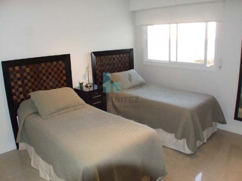 apartamento en venta en aquarella. premium en playa mansa, punta del este. - ref: 6260