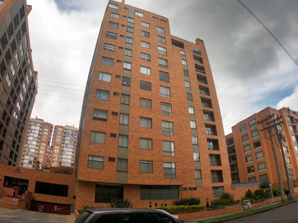 apartamento en venta en colina campestre mls 20-1025 fr