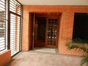 apartamento en venta  en el bosque valencia 19-11482  valgo
