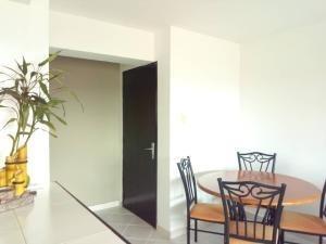 apartamento en venta en el bosque valencia19-14903 valgo