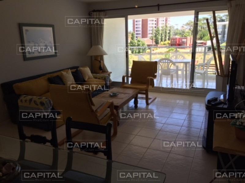 apartamento en venta en excelente complejo cerca del mar-ref:27802