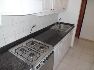 apartamento en venta en la trigaleña valencia 20-2007 valgo
