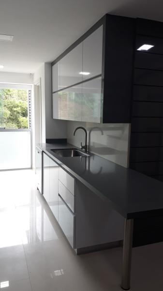 apartamento en venta en las mercedes mls 19-15358