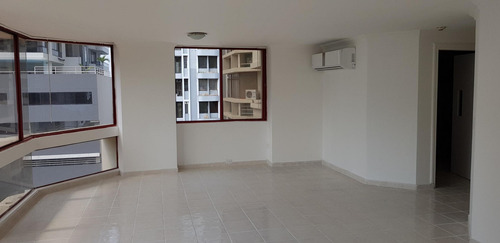 apartamento en venta en marbella  #19-7523hel**