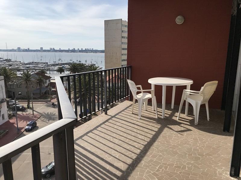 apartamento en venta en península 1 dormitorio con terraza y garage- ref: 819