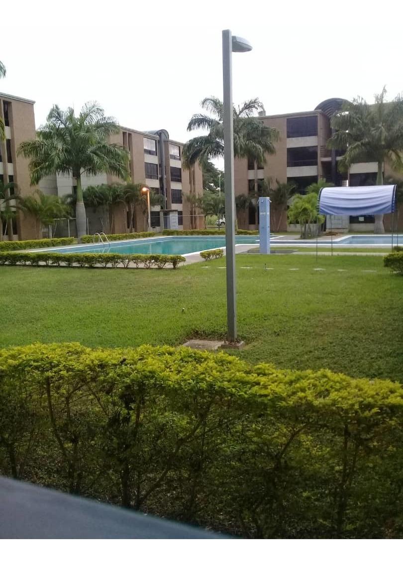 apartamento en venta en urb palma real 04144685758