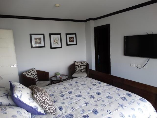 apartamento en venta frente a la playa en juan dolio amoblad