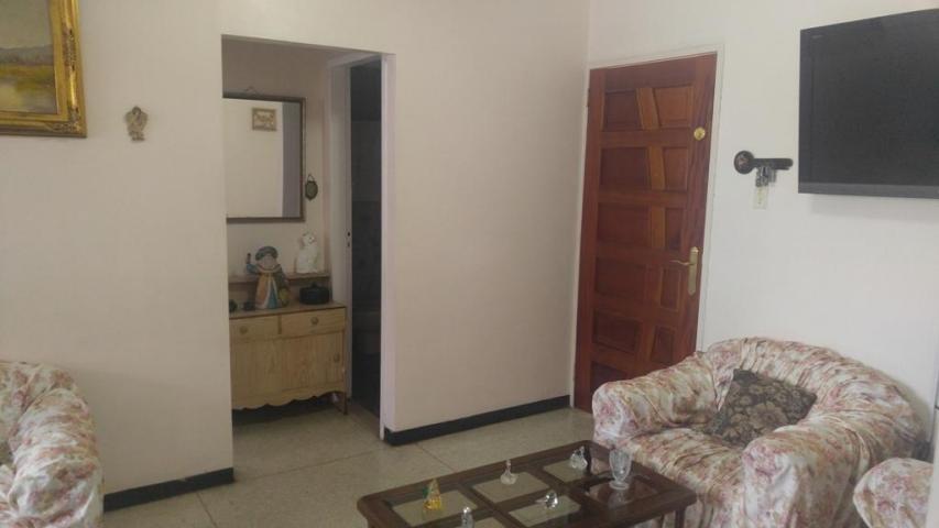 apartamento en venta la candelaria edf 17-14585