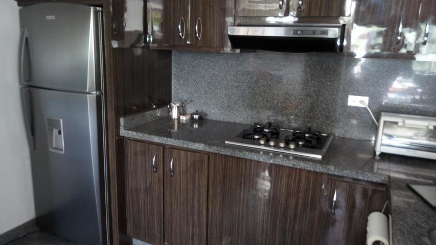 apartamento en venta las mercedes mg3 mls17-11003
