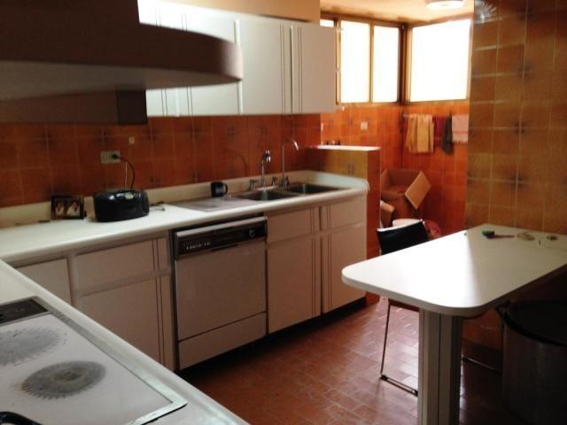 apartamento en  venta lomas de prados del este  19-11028