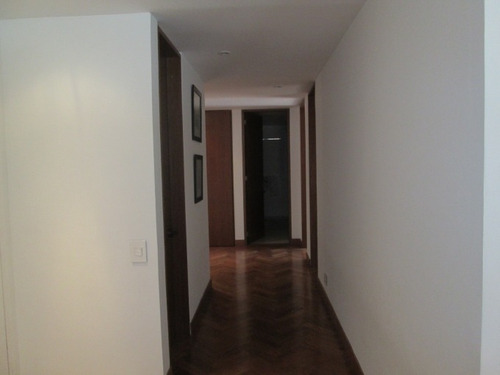 apartamento en venta los rosales 550-1908