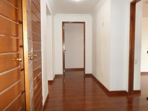 apartamento en venta los rosales 90-10249