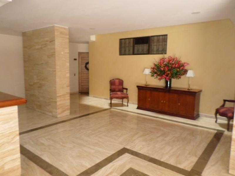apartamento en venta los rosales 90-55854