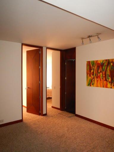 apartamento en venta los rosales 90-57562