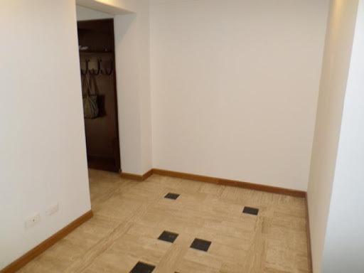apartamento en venta los rosales 90-6770