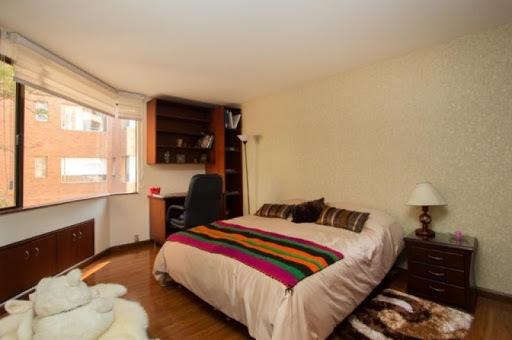apartamento en venta los rosales 90-7927