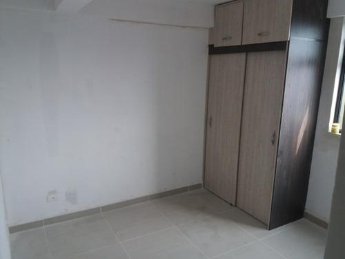 apartamento en venta manrique central 447-8362