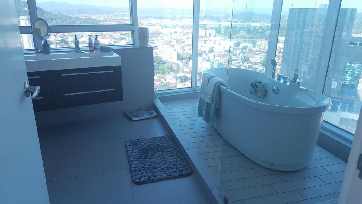 apartamento en venta ph yacht cub en balboa panamá 19-3592he