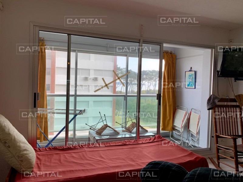 apartamento en venta playa mansa un dormitorio-ref:28156