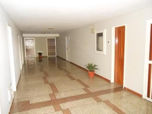 apartamento en venta urb. el centro maracay codflex 18-2156