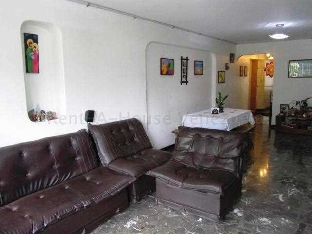 apartamento en venta urb. la florida #20-9346