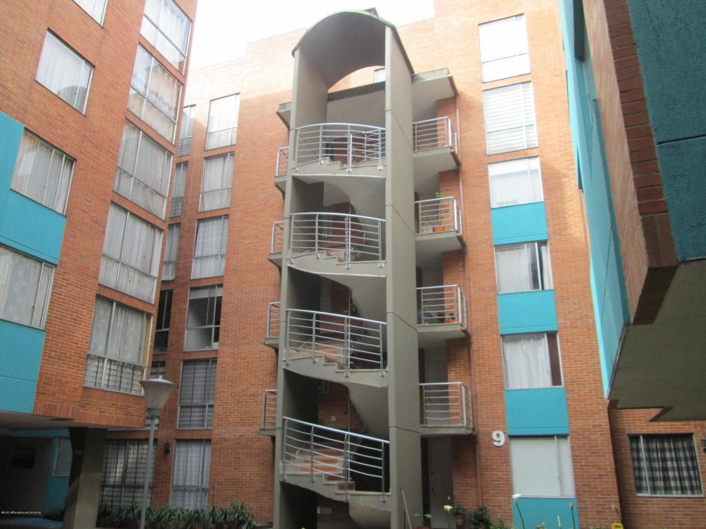 apartamento en  villemar fontibon rah co: 20-1034
