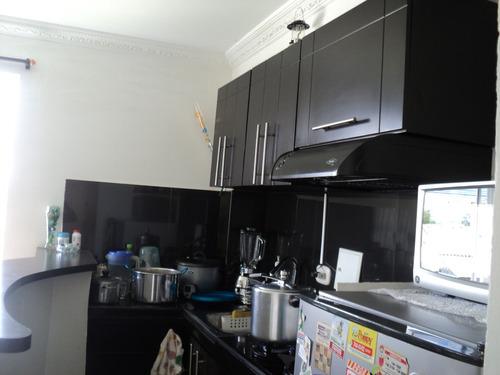 apartamento esquinero segundo piso al sur de armenia
