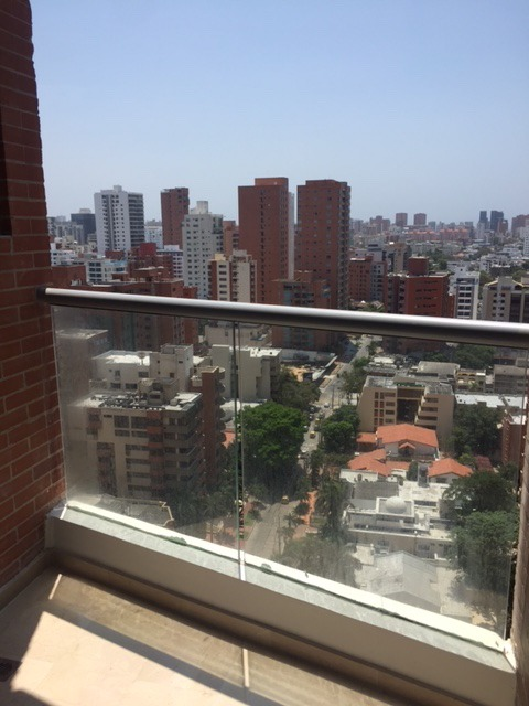 apartamento estrato seis en edif mirage 57 con 215 m2