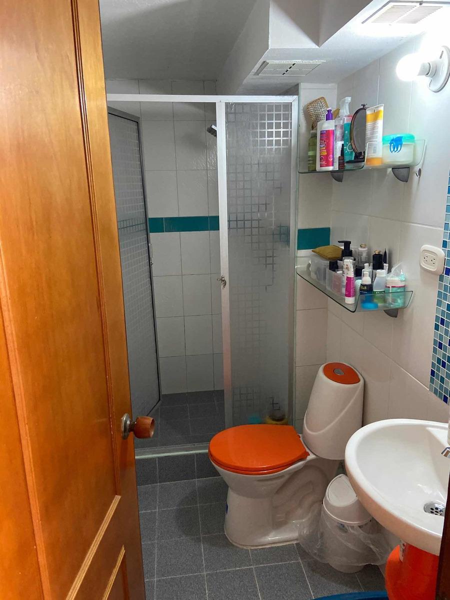 apartamento exterior, dos habitaciones un baño