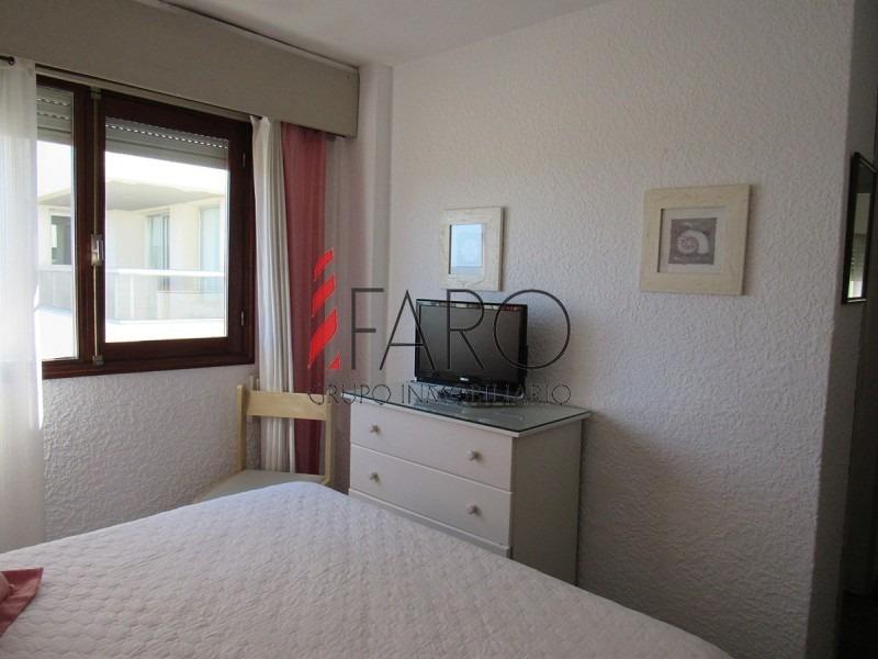apartamento frente a playa brava, -ref:36561