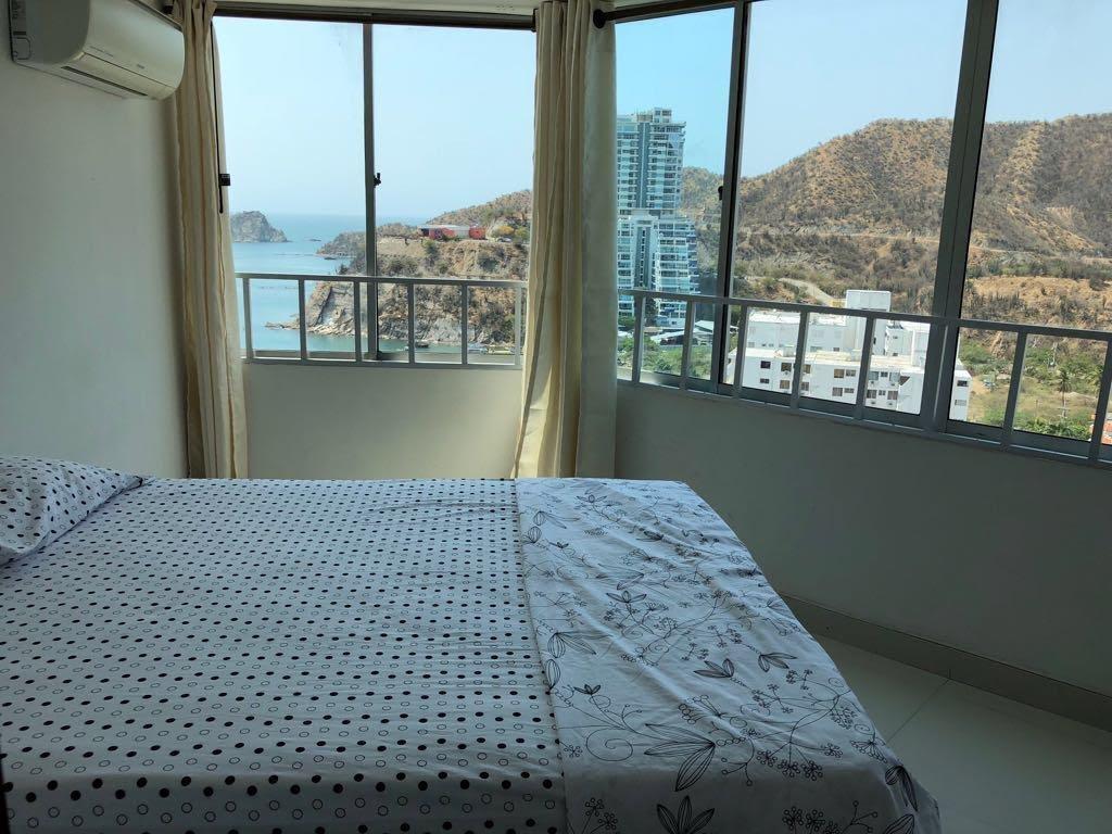 apartamento frente al mar. 4 habitaciones