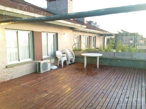 apartamento frente al puerto de piriápolis, con piscina