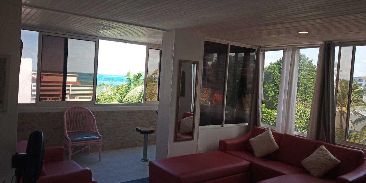 apartamento frente mar a 40 metros de la playa con piscina